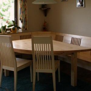 Eckbank mit bogenförmigem Tisch, Material : europäischer Ahorn